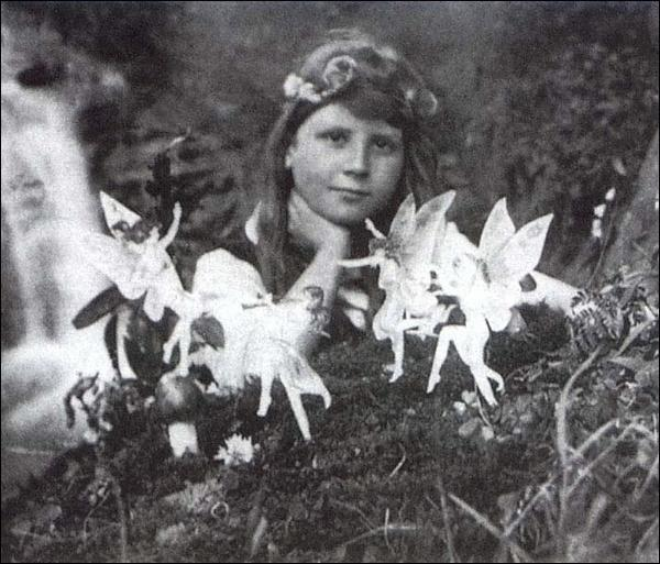 Cottingley Fairies #1